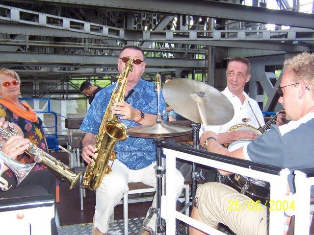 Schiffshebewerk Niederfinow mit Jazz Band 01